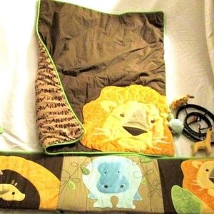 Amy Coe Zoology 4 PC Bumper & Blanket & Mobile